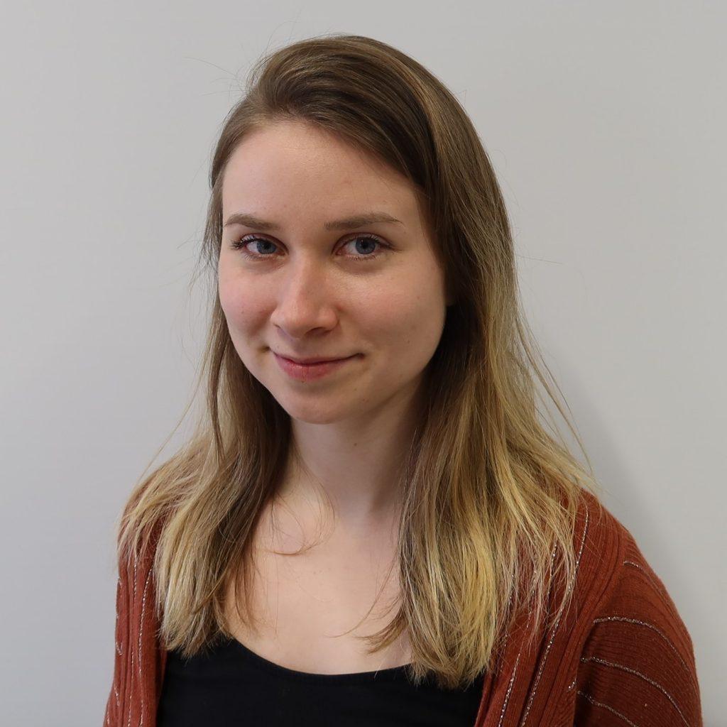 Das Bild zeigt die Mitarbeiterin Dr. Julia Wertheim.